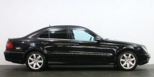 Mersedes Benz S-211-black